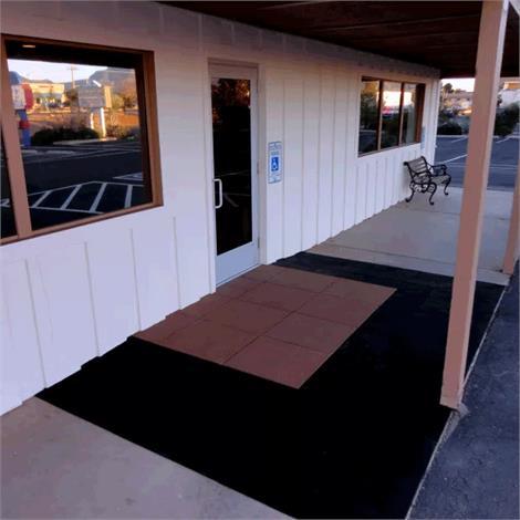 SafePath Three-Sided EntryLevel Landing Ramp - 1/2 Inch Height,60L x 48W x 1/2H,Black Rubber,Each,EL3 .5 6048 B